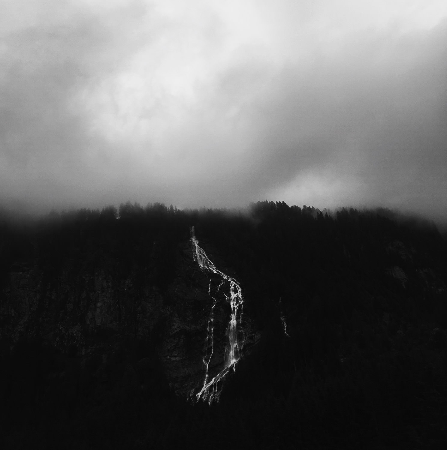 a waterfall captured en route to one of my recent weddings in Switzerland.